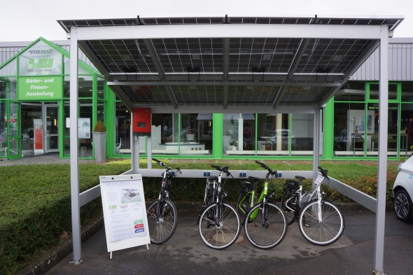 e bike solar ladestation in minden vorgestellt radmarkt. Black Bedroom Furniture Sets. Home Design Ideas